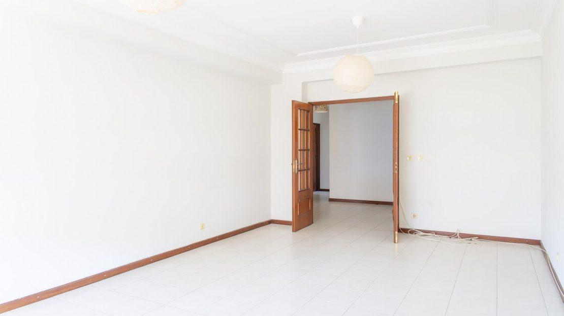 8_Onirodrigues Apartamento T3 Sao Vicente Fonte Mundo Sala
